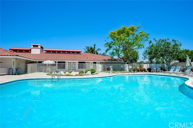4015 Calle Sonora Oeste, Laguna Woods CA: http://media.crmls.org/medias/d4b05b4b-82bc-4eed-a66e-e0d63f82466a.jpg