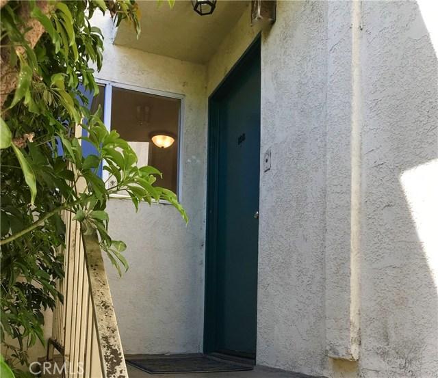 2911 4th Street, Santa Monica CA: http://media.crmls.org/medias/d4b2c554-47d6-4c1b-9564-037c4b6aa13a.jpg