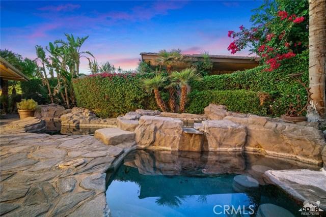 4 Exeter Court, Rancho Mirage CA: http://media.crmls.org/medias/d4c0e704-0f6f-4215-90c1-b9a6e84ea8a5.jpg