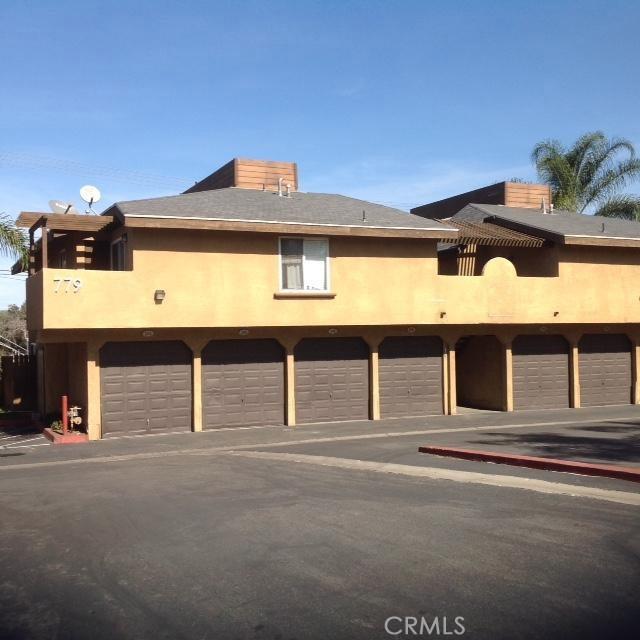 779 Gianni Drive, Corona CA: http://media.crmls.org/medias/d4c8cb2d-e10d-47c6-b93f-69b2d0aefdca.jpg