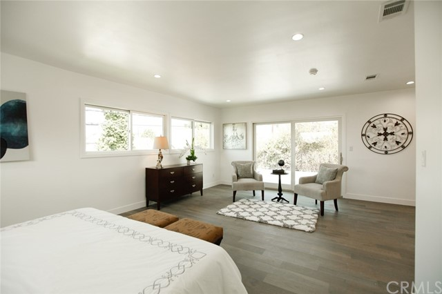 1313 1315 S Redondo Boulevard, Los Angeles CA: http://media.crmls.org/medias/d4cd4925-a656-4e96-93dc-5684a221377c.jpg