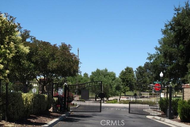 2450 Altadena Lane, Paso Robles CA: http://media.crmls.org/medias/d4d6151f-2f62-4087-8c87-e628903d7383.jpg