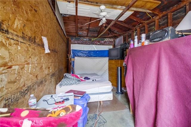 15600 S Vermont Avenue, Gardena CA: http://media.crmls.org/medias/d4ebc3af-549a-402a-ae5e-6bb50cac9041.jpg
