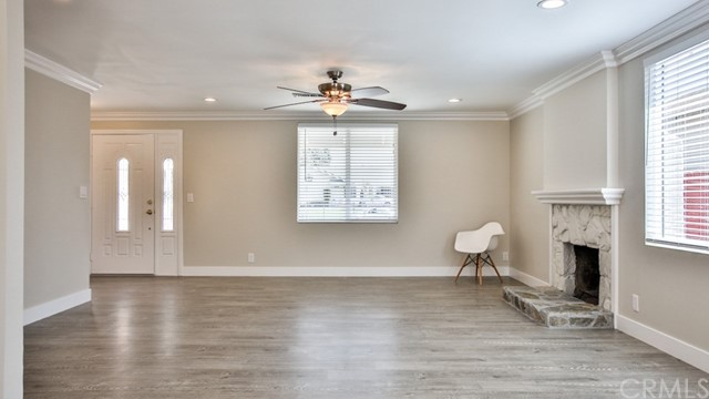 19218 E Valley View Street, West Covina CA: http://media.crmls.org/medias/d4ef4ae2-a13b-42a5-ae25-450d5d4122b2.jpg