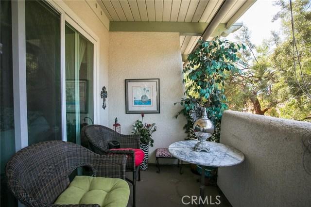 2073 Ronda Granada, Laguna Woods CA: http://media.crmls.org/medias/d4f7c967-a343-43f5-b67f-045f2f1b39a5.jpg
