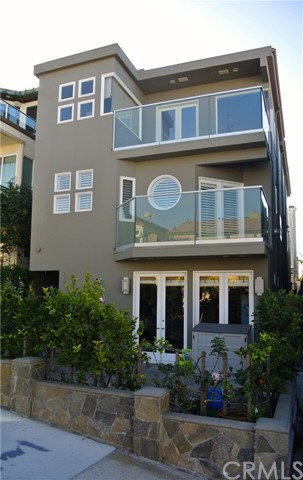228 20th Manhattan Beach CA 90266