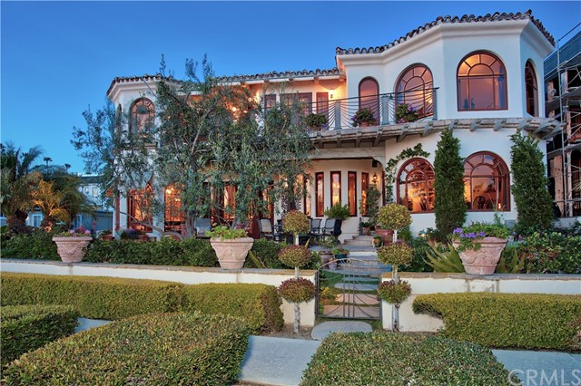 Single Family Home for Sale at 2900 Ocean Boulevard Corona Del Mar, California 92625 United States