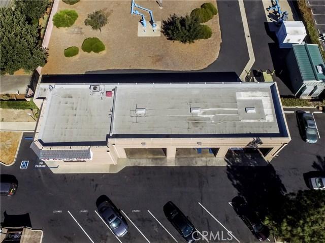 5483 Arrow Highway, Montclair CA: http://media.crmls.org/medias/d5064cb3-6cfb-4c19-b1c7-31b9c6195bd7.jpg