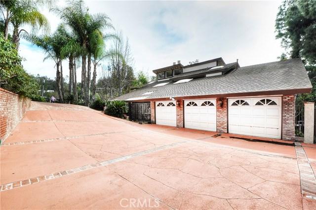 Single Family Home for Sale at 19092 Fowler Avenue North Tustin, California 92705 United States