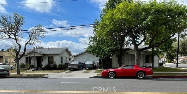 8402 Jackson Street, Paramount CA: http://media.crmls.org/medias/d50cee53-61a7-4cfa-8d3f-16e2d8bc7a2d.jpg