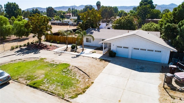 31089 ORANGE AVENUE, NUEVO/LAKEVIEW, CA 92567  Photo 3