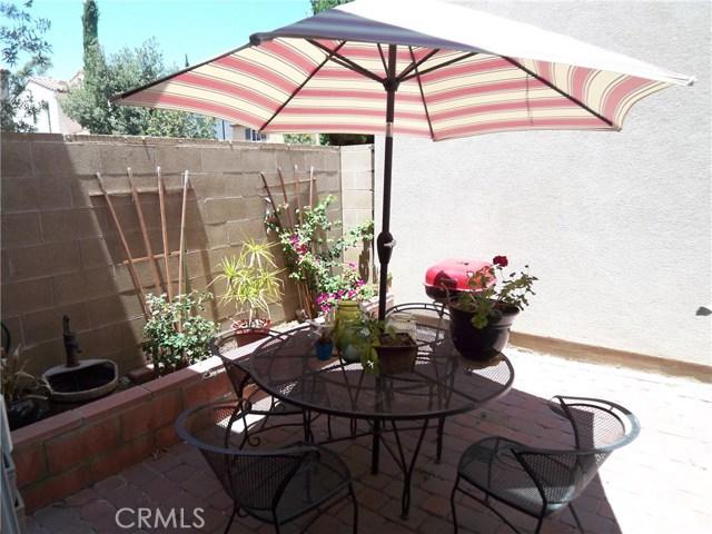 75 Meadow Valley, Irvine CA: http://media.crmls.org/medias/d5219a5c-3b34-4f1a-a6b2-012961165730.jpg