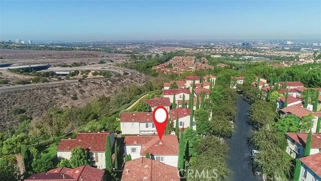 40 Gardenpath, Irvine CA: http://media.crmls.org/medias/d5241f0f-9ddf-4b18-84ca-84c2993bdbde.jpg