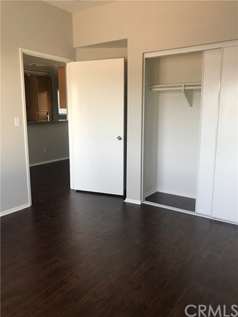 5543 Case North Hollywood, CA 91601 - MLS #: BB18182113