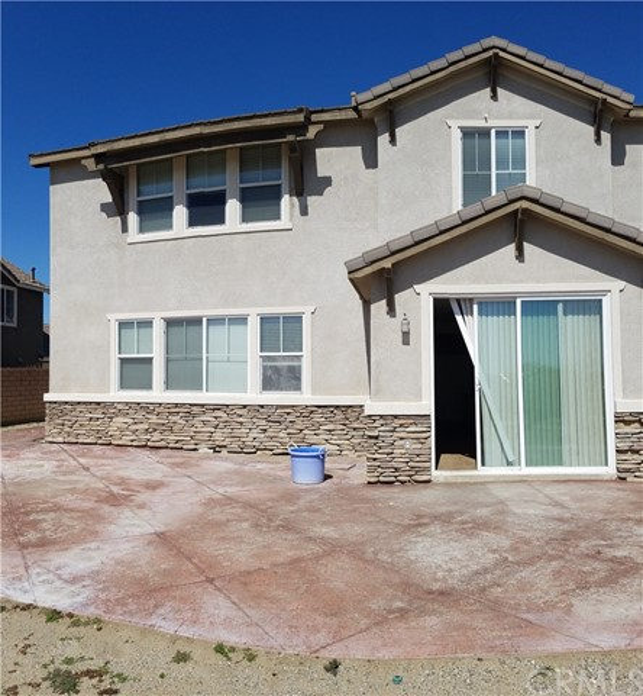 5643 Stoneview Road, Rancho Cucamonga CA: http://media.crmls.org/medias/d5279d7c-5722-407a-9742-7797e01a73c0.jpg