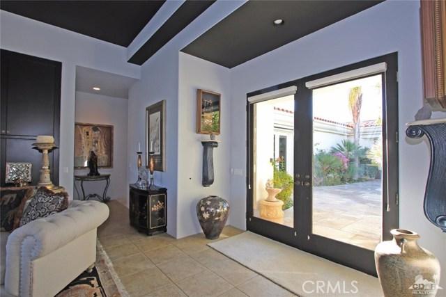 104 Loch Lomond Road, Rancho Mirage CA: http://media.crmls.org/medias/d53bf267-4f9c-44e6-9988-0bc39efc061a.jpg