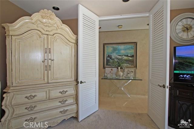 45575 Alta Colina Way, Indian Wells CA: http://media.crmls.org/medias/d53d3f2b-4684-46c6-9c17-33f5ab0713e5.jpg