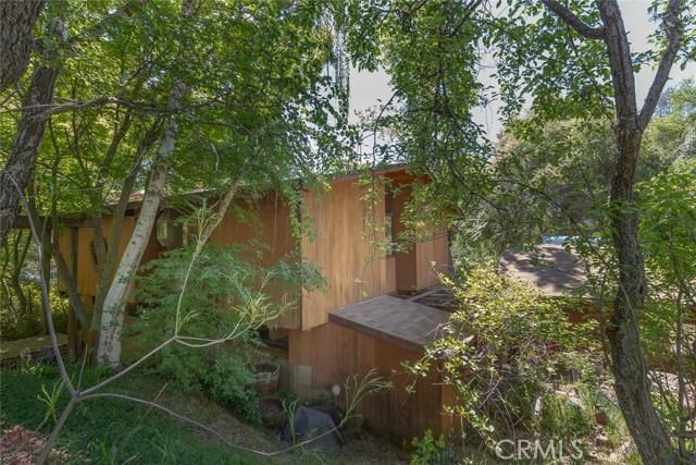 4040 Amelia Drive, Mariposa CA: http://media.crmls.org/medias/d53e7ce9-0a03-4b49-a09a-a3e490a99d12.jpg