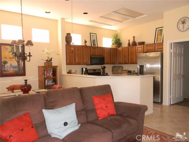 78260 Willowrich Drive, Palm Desert CA: http://media.crmls.org/medias/d540d35f-d47f-48fe-8f42-659a5447abc6.jpg