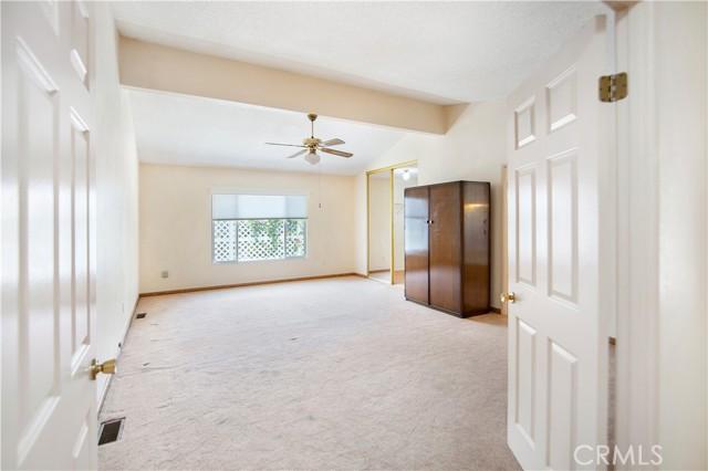 5423 Spencer Lane, Carlsbad CA: http://media.crmls.org/medias/d54bb309-c4ba-44ad-ada7-993e94632605.jpg