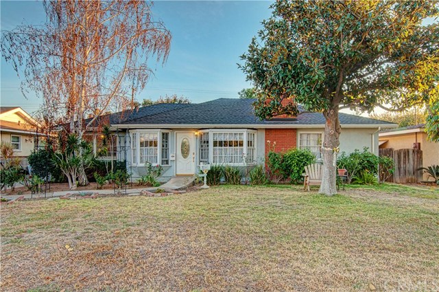 Single Family Home for Sale at 1504 East Palm St 1504 Palm Orange, California 92866 United States
