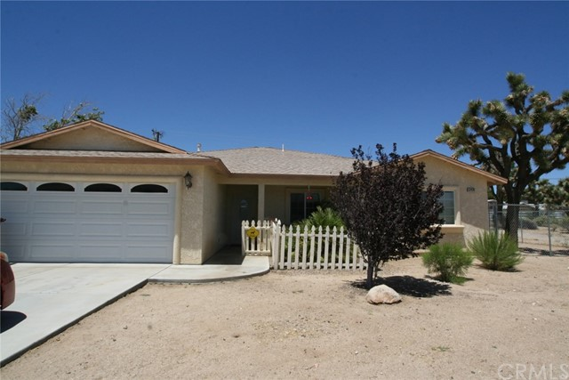 57470 Crestview Dr, Yucca Valley, CA 92284 Photo