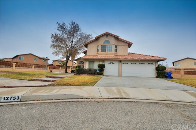 12753 Cardinal Court Victorville CA 92392