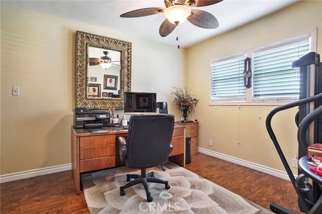 3716 Allred Street, Lakewood CA: http://media.crmls.org/medias/d559f3a8-f21a-48e6-ada1-d8d88adc2931.jpg