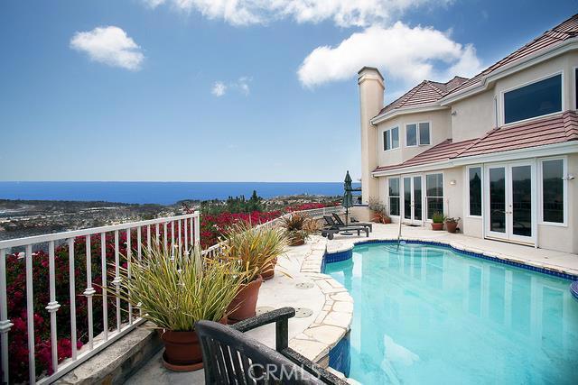 Single Family Home for Sale at 5 Burning Tree Laguna Niguel, California 92677 United States