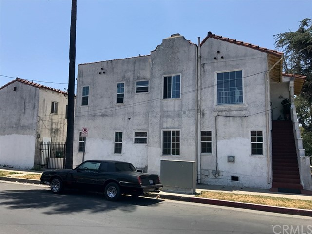 1250 W 83rd Street Los Angeles, CA 90044 - MLS #: DW18122134