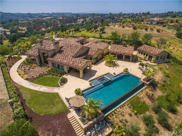 Single Family Home for Sale at 4130 Bridlewood Road Fallbrook, California 92028 United States