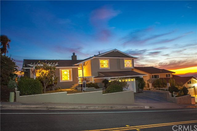 Single Family Home for Rent at 4009 Calle Bienvenido St San Clemente, California 92673 United States