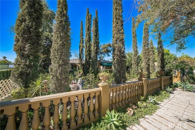 10871 Olinda Street, Sun Valley CA: http://media.crmls.org/medias/d56a343e-93f3-4c21-8364-6434aa9bc6cf.jpg
