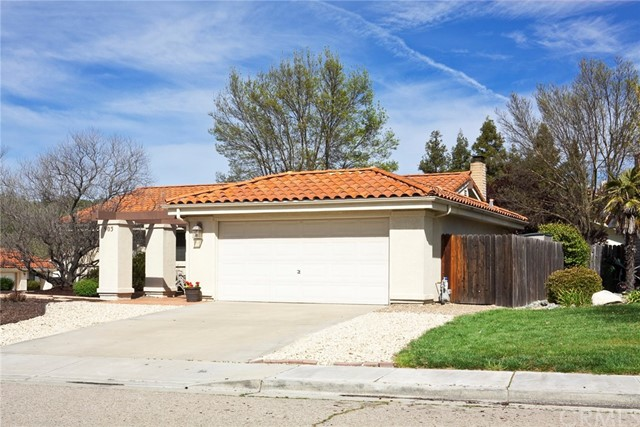 903 Torrey Pines Drive, Paso Robles CA: http://media.crmls.org/medias/d56f44f3-d47c-4a3b-b87d-435ecd4e0f18.jpg