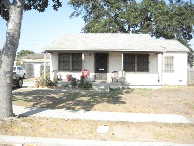 631 E 121st Place Los Angeles, CA 90059 - MLS #: SB18268261