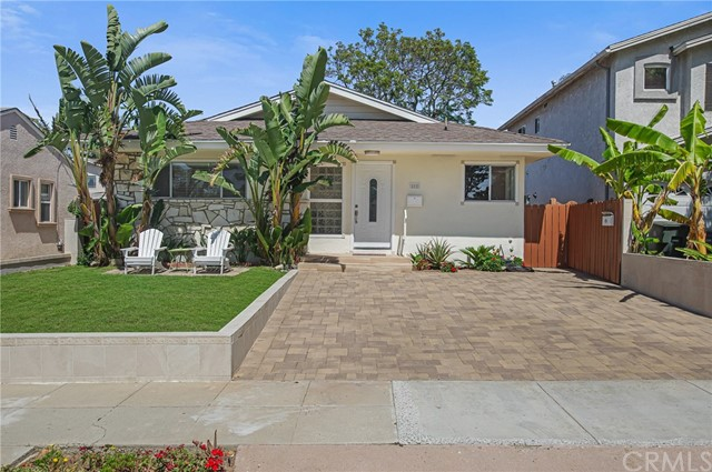 808 Acacia, Torrance, California 90501, ,Residential Income,For Sale,Acacia,SB20134022