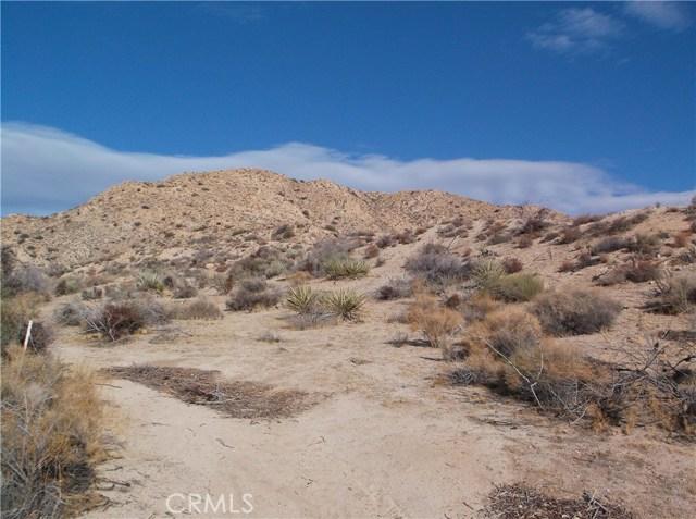 7400 Fairway Drive, Yucca Valley CA: http://media.crmls.org/medias/d591965d-b622-43c2-abe2-7222bd55ef14.jpg