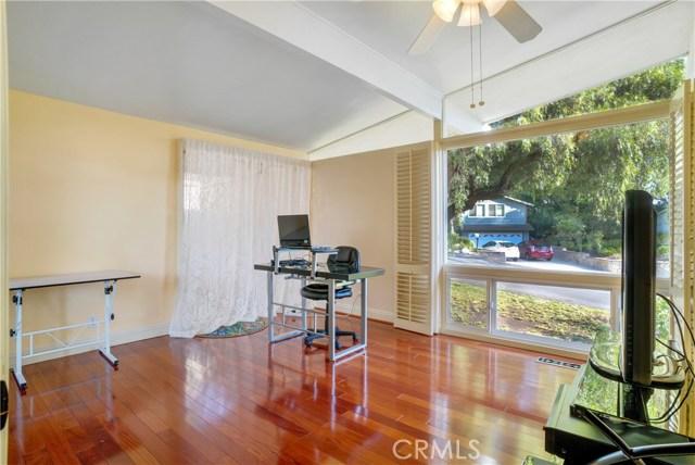 18 Ranchview Road, Rolling Hills Estates CA: http://media.crmls.org/medias/d59e3c08-a1fe-4b64-bb44-ec5b1c2b2517.jpg