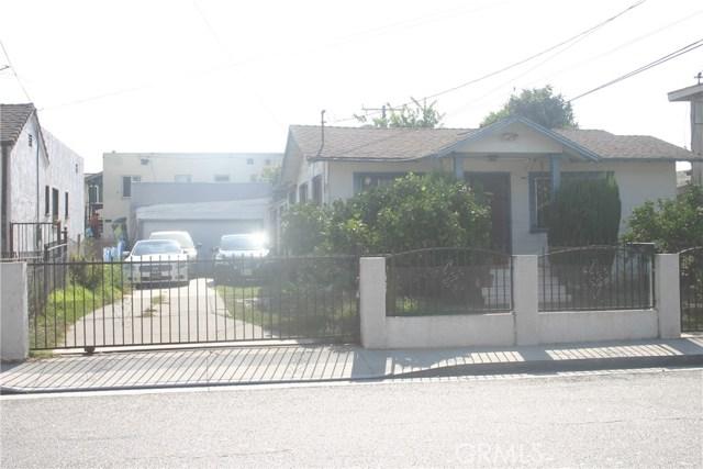 11226 California Avenue, Lynwood CA: http://media.crmls.org/medias/d5a03df2-60e3-4bb3-bc87-c61f315626fb.jpg