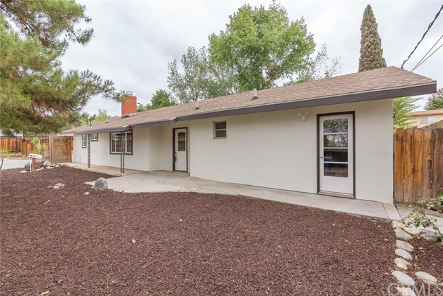12471 Bryant Street, Yucaipa CA: http://media.crmls.org/medias/d5a1cd35-8d91-4dad-81bb-d75d33b0fd81.jpg