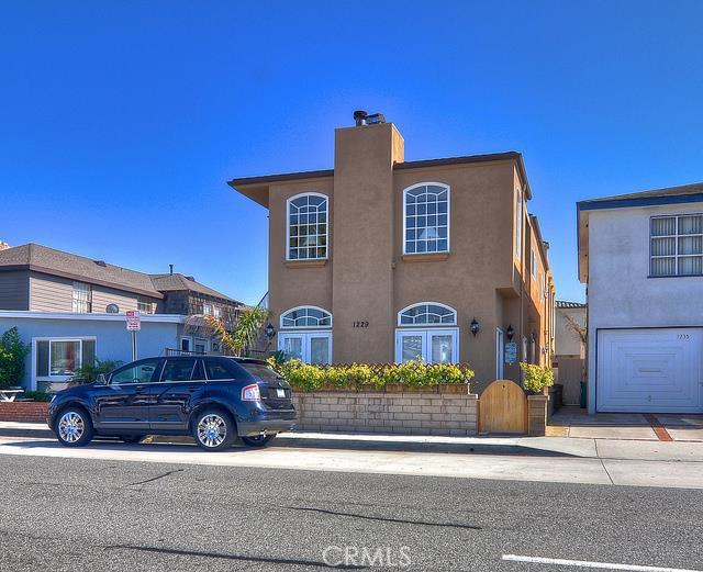 1229 W Balboa Boulevard, Newport Beach, CA 92661