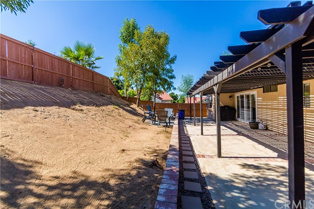 24725 Thornberry Circle, Moreno Valley CA: http://media.crmls.org/medias/d5a22bc6-c0cb-4044-a2b2-4cc64c25eb79.jpg