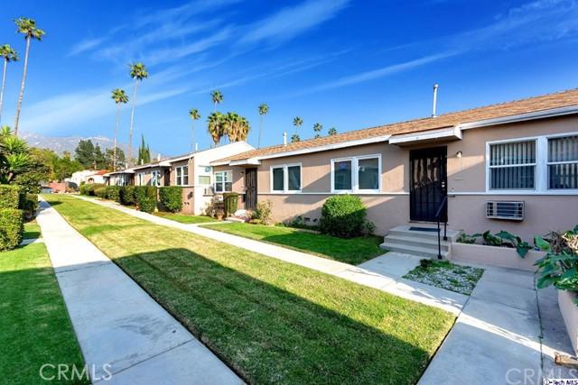 1404 1408 5th Street, Glendale CA: http://media.crmls.org/medias/d5a4bee3-d4ab-4e69-9abc-4399c0a652dd.jpg