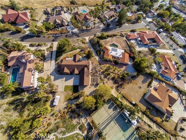 42090 Granite View Drive, San Jacinto CA: http://media.crmls.org/medias/d5b0abe6-ef8a-473b-984d-864d64d59f4c.jpg