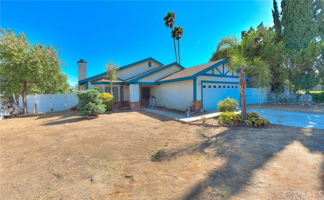 8373 9th Street, Rancho Cucamonga CA: http://media.crmls.org/medias/d5ba753e-9ed7-4d98-ba0b-d678ec938c0e.jpg