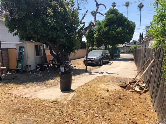 605 E Mission Road, San Gabriel CA: http://media.crmls.org/medias/d5bc3896-52df-48c2-a950-0f24c89fc453.jpg