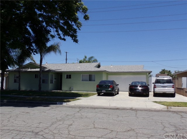 1585 W Stoneman Place Anaheim, CA 92802 is listed for sale as MLS Listing PW17137071