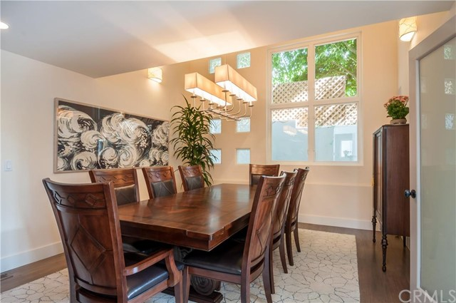 Additional photo for property listing at Beautiful Coastal Modern Home 1820 John Street Manhattan Beach, Californie,90266 États-Unis