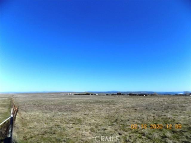 2886 Oro Dam Blvd W W Boulevard, Oroville CA: http://media.crmls.org/medias/d5d6c261-be84-41b1-a850-f152ae6c1f35.jpg