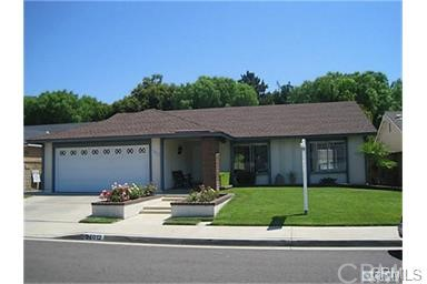 Single Family Home for Sale at 25012 Reflejo St Mission Viejo, California 92692 United States